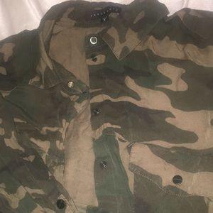 Sanctuary/Dillard's Brand Camo lightweight jacket